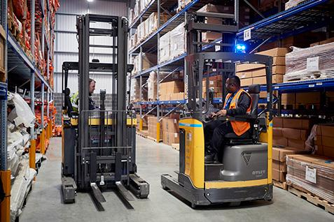 UniCarriers reach trucks operated by Johnson Controls