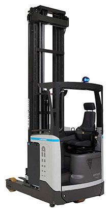 UniCarriers UHD reach truck